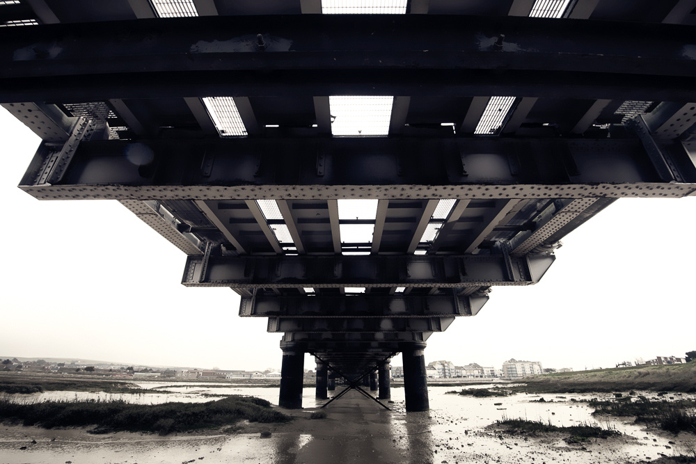 Railway Bridge over the River Adur, Shoreham-by-Sea, West Sussex.  Photo by Jenny Rutterford Photography