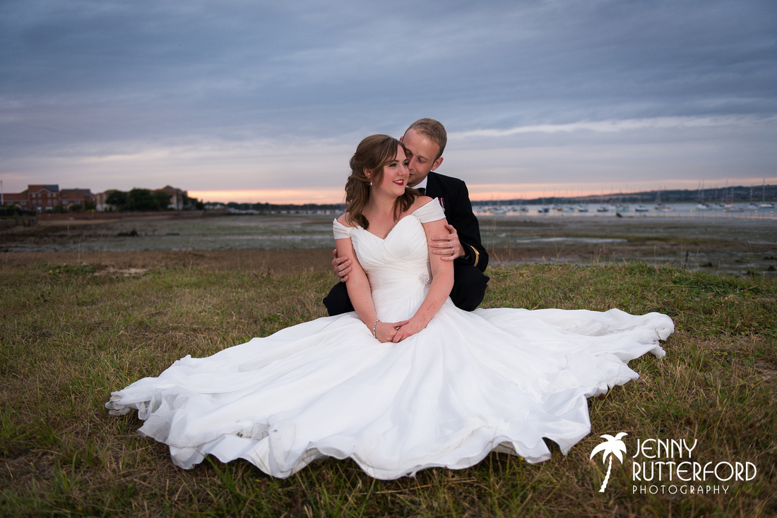 Natural wedding photography in Sussex, Surrey and Hampshire by Jenny Rutterford Photography