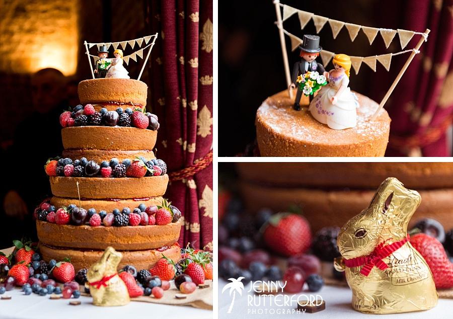 Bartholomew Barn Wedding Cake