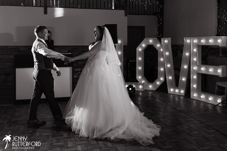Long Furlong Barn Wedding_1087