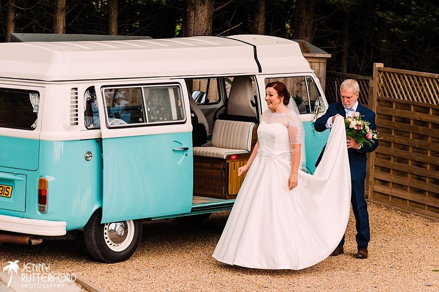 Brookfield Barn Wedding_0032