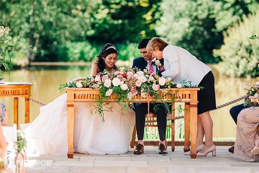 Brookfield Barn Wedding_0027