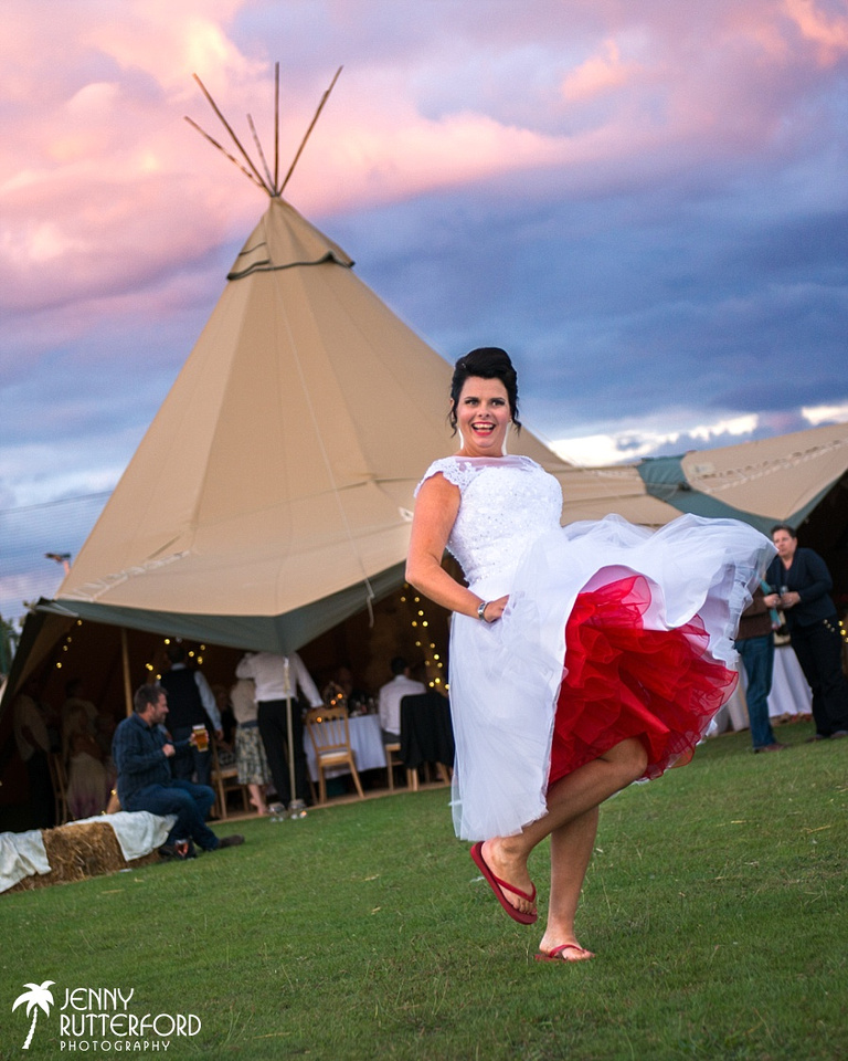 Festival wedding by Jenny Rutterford Photography