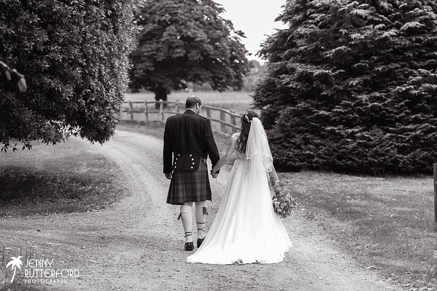 Sussex documentary wedding photographer (6)