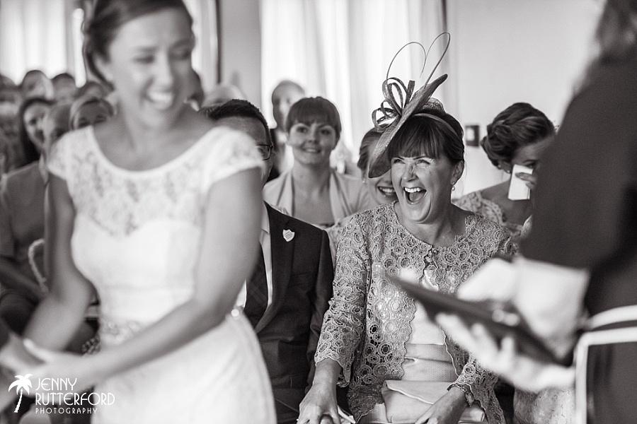 Sussex documentary wedding photographer (2)