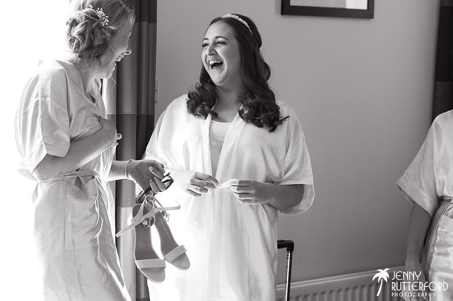Sussex documentary wedding photographer (7)