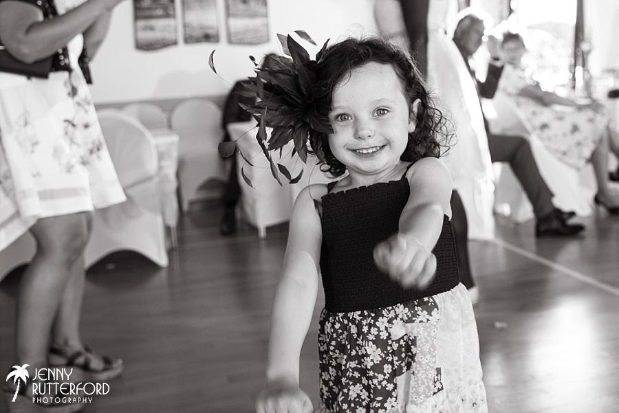 Sussex documentary wedding photographer (25)