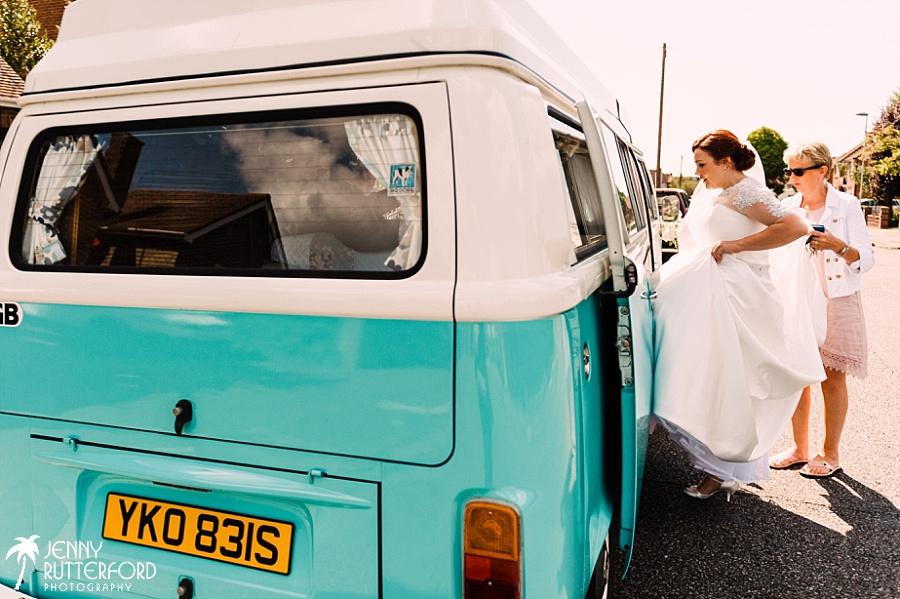 Brookfield Barn Wedding_0023