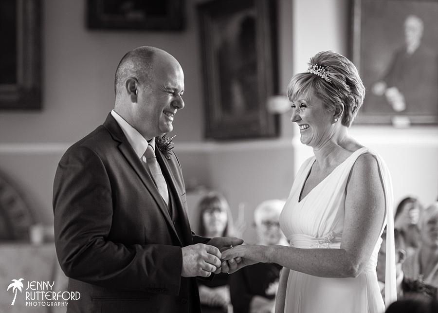 Sussex documentary wedding photographer (5)