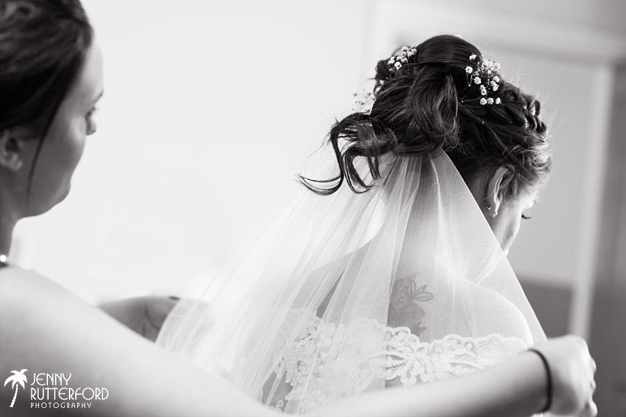 Sussex documentary wedding photographer (27)