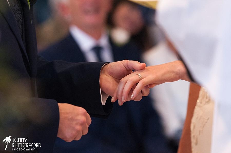 Pangdean Old Barn Wedding_1028