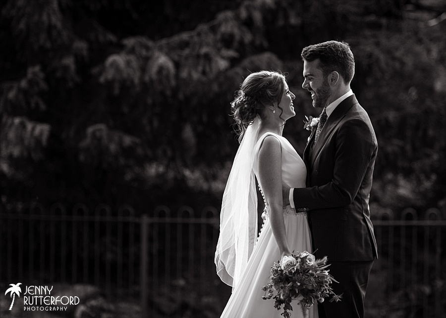 Sussex documentary wedding photographer (35)