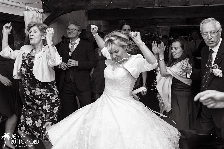 Sussex documentary wedding photographer (13)