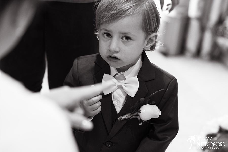 Sussex documentary wedding photographer (42)