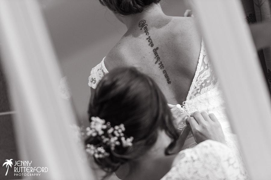 Sussex documentary wedding photographer (20)