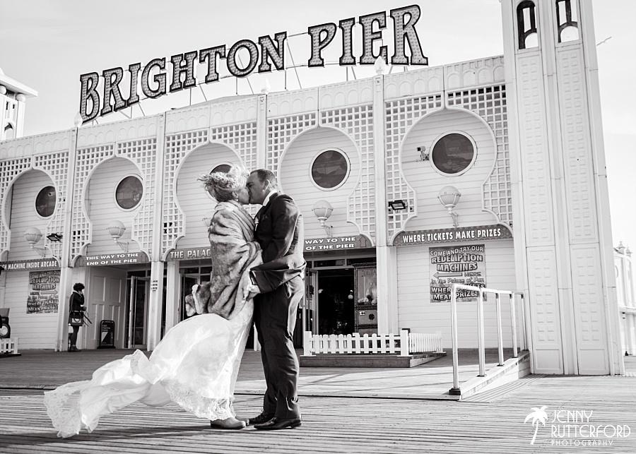 Sussex documentary wedding photographer (8)