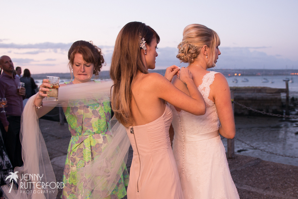 Natural Wedding Photography in Sussex, Hampshire and Surrey by Jenny Rutterford Photography