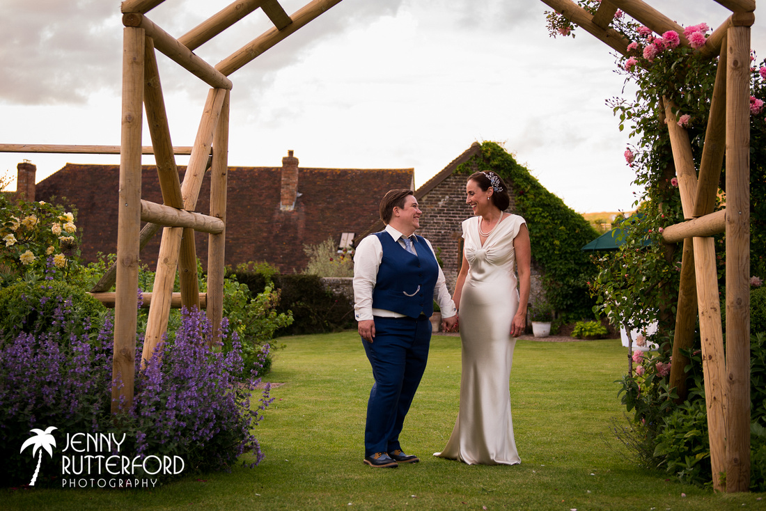 Stunning, natural wedding photography in Sussex